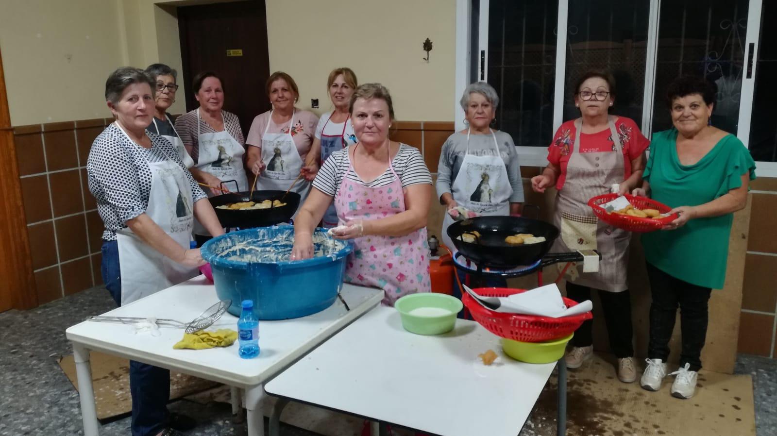 Photo of Guainos celebra Halloween con los tradicionales buñuelos con chocolate y actividades para los más pequeños