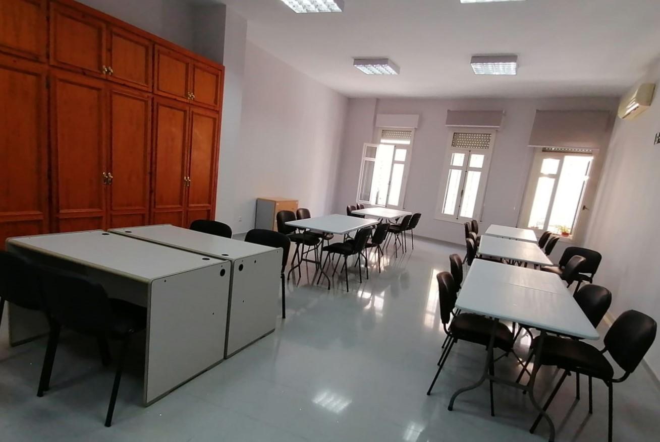 Photo of La Biblioteca Municipal habilita una sala en Servicios Sociales mientras se ejecutan las obras del Mercado
