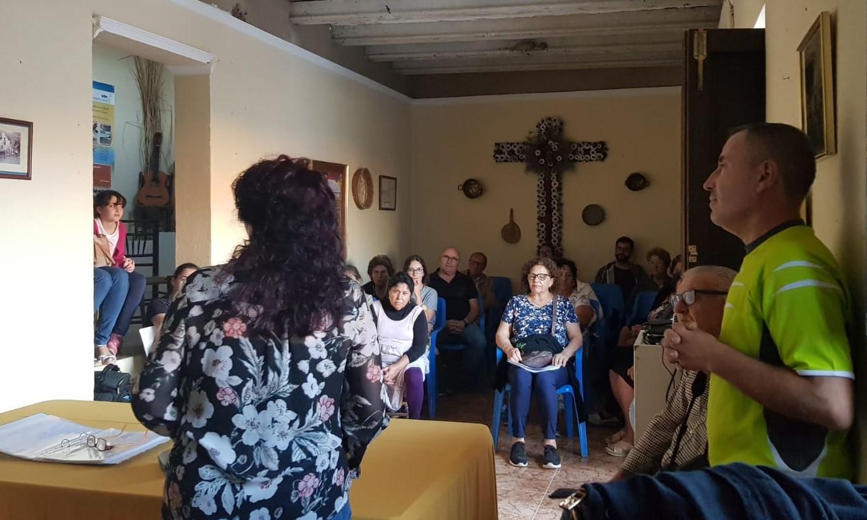 Photo of La Asociación Cultural Acerobo rinde homenaje a la mujer rural con una charla-coloquio