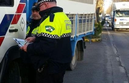 Photo of La Policía Local de Adra detiene a un individuo en busca y captura por la presunta comisión de varios delitos