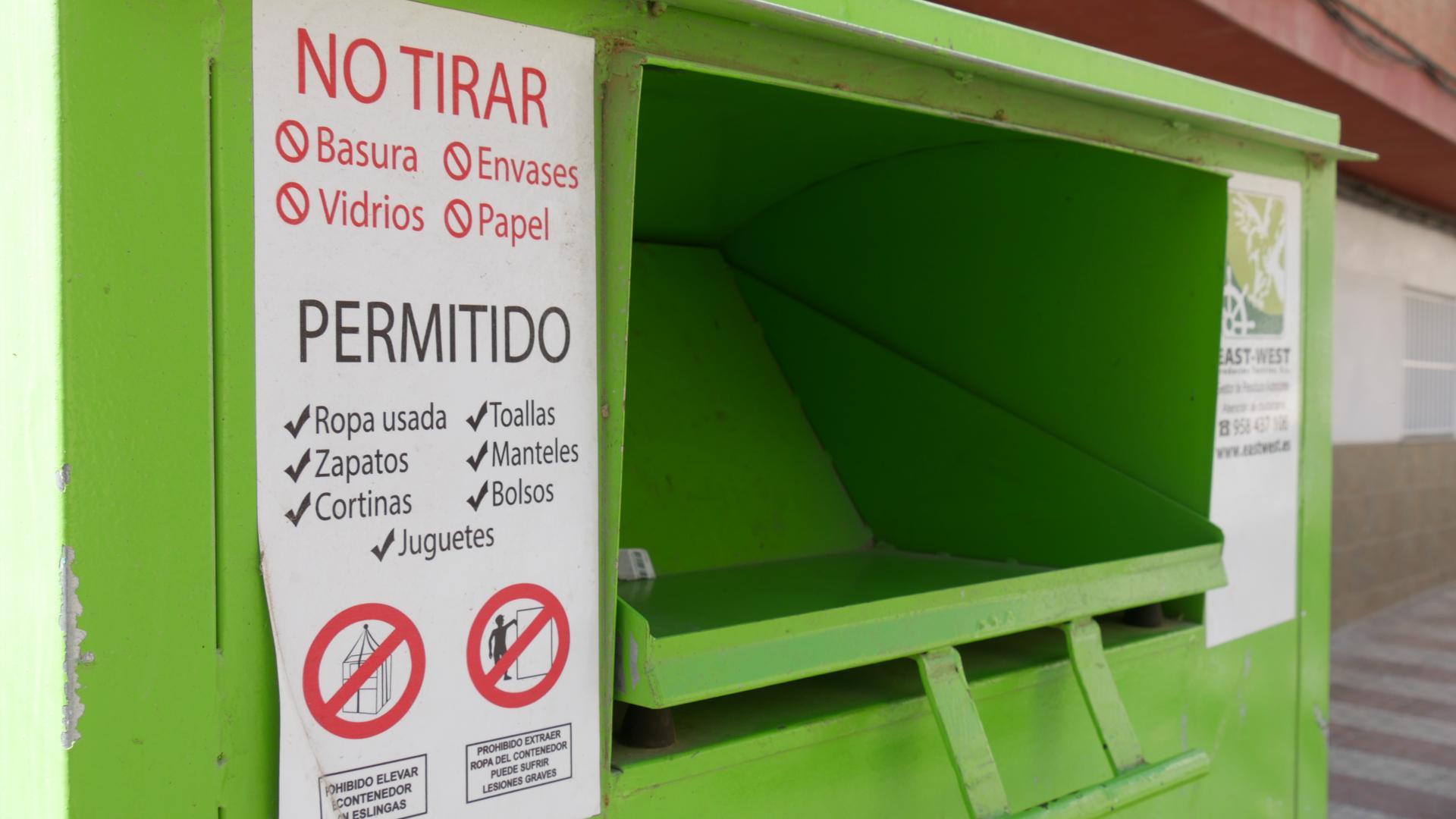 Photo of La ciudad de Adra recicla casi 18 toneladas de productos textiles en lo que va de año