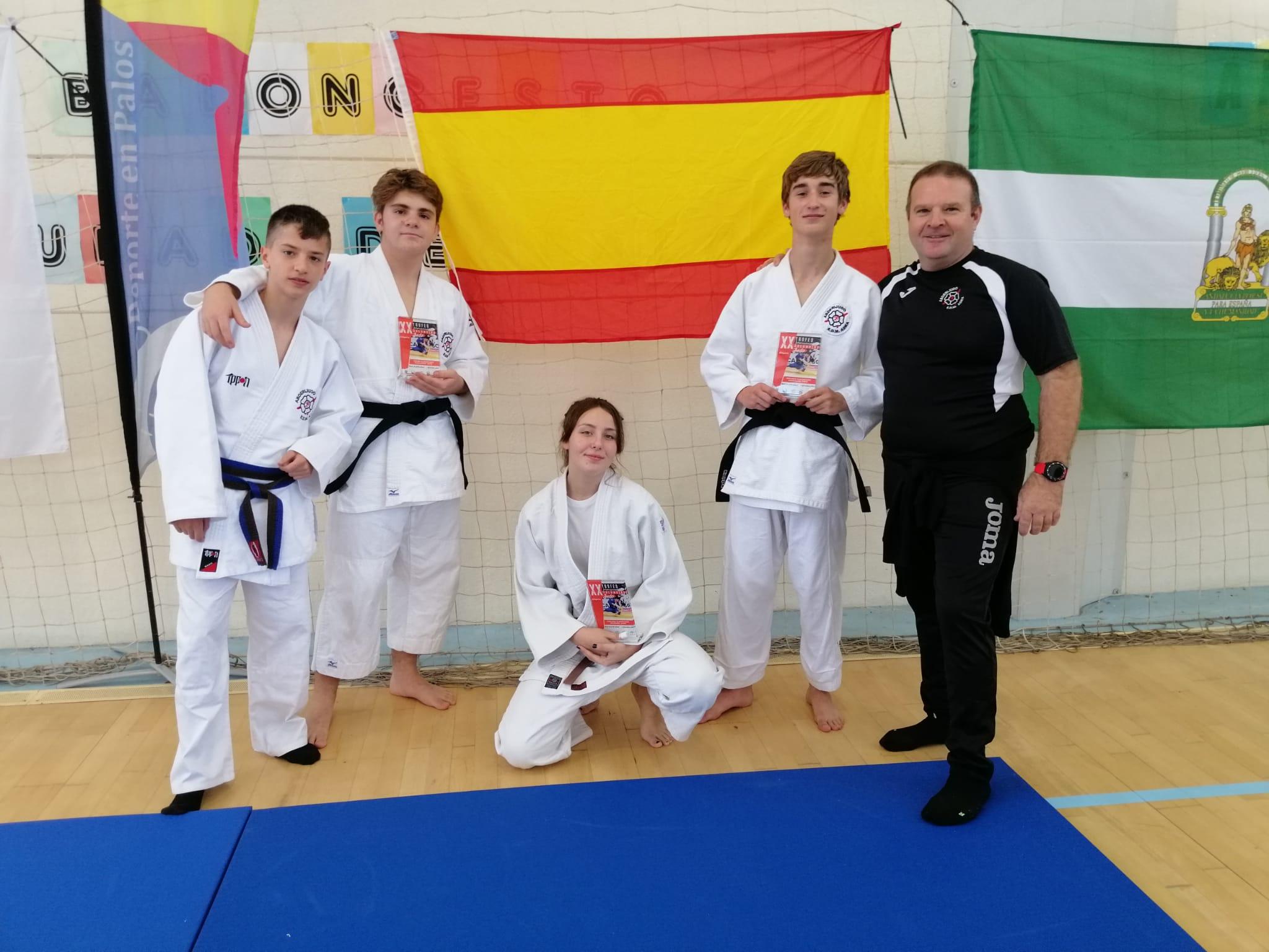 Photo of Magníficos resultados para el judo abderitano en el Trofeo Internacional de Palos de la Frontera