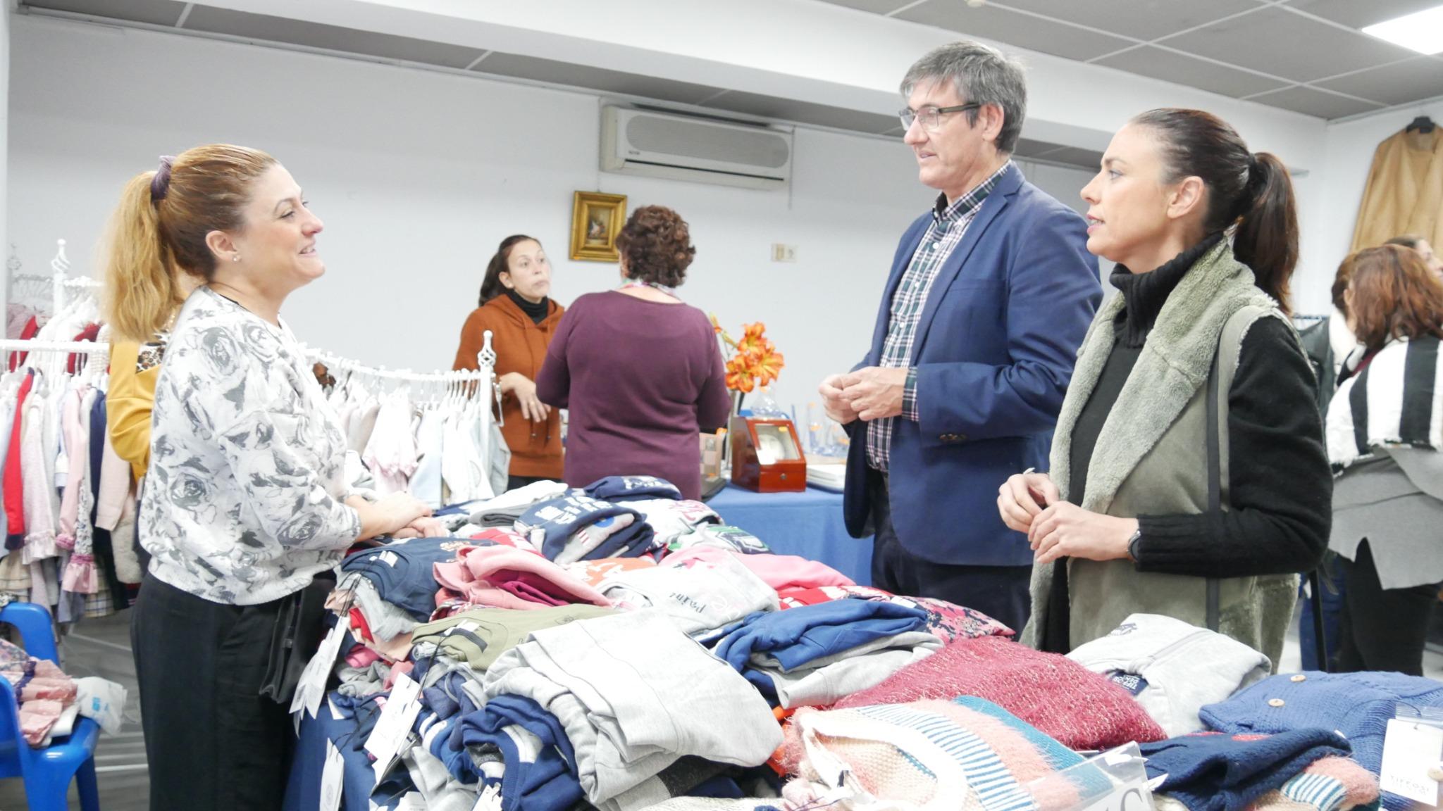 Photo of Primeras marcas al mejor precio en la Feria Outlet de Adra
