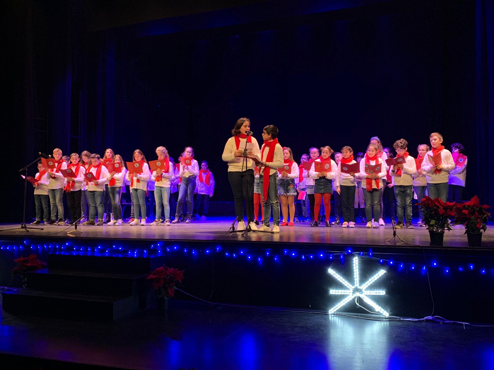 Photo of El XXV Certamen Escolar de Villancicos reúne a casi 300 niños y niñas de los CEIP Abdera y San Fernando