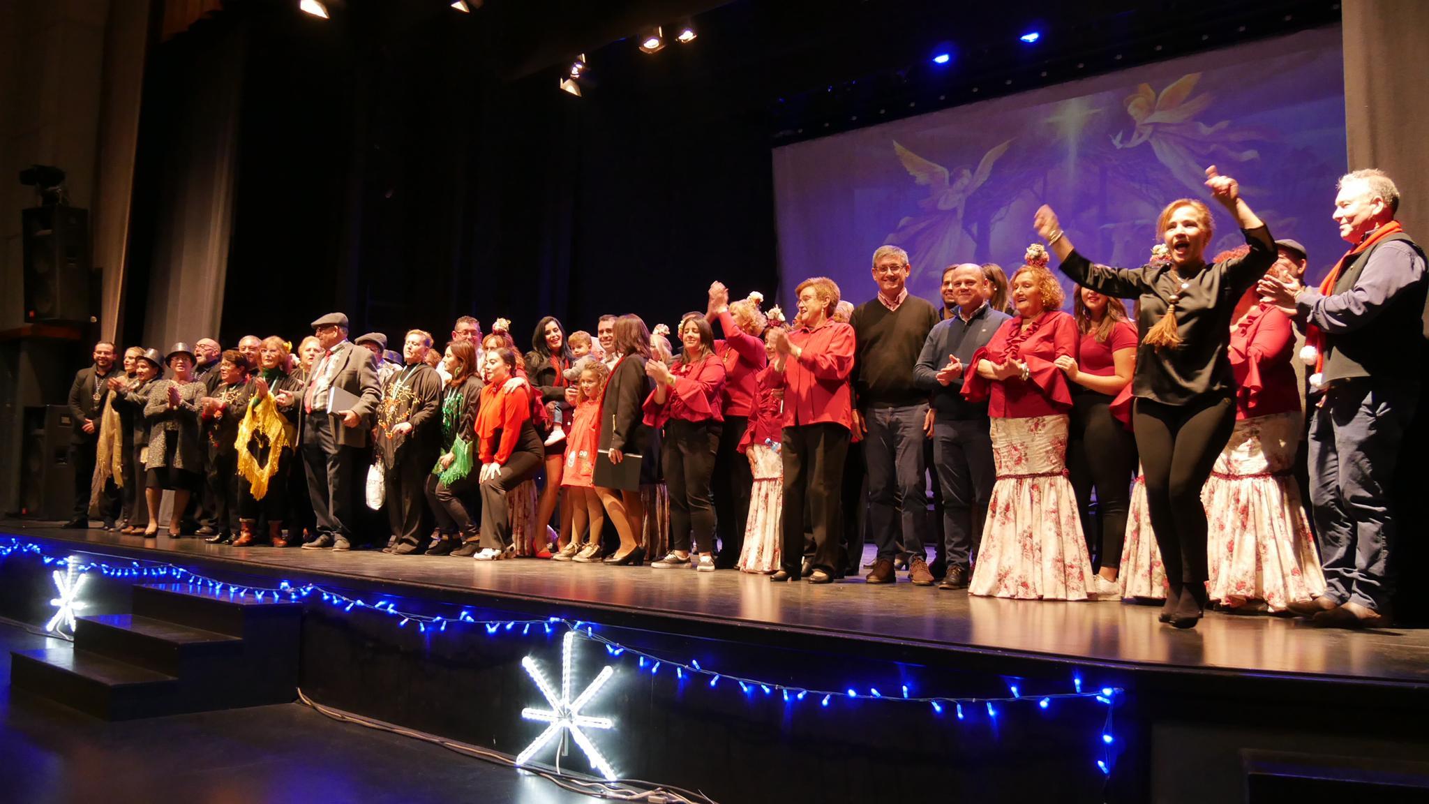 Photo of El VI Certamen Navideño de Coros Rocieros llena de villancicos el Centro Cultural de Adra