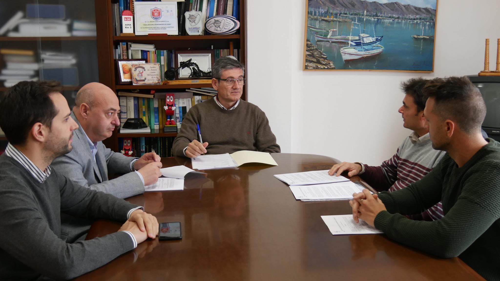 Photo of Firmado el contrato de refuerzo para jardines y espacios verdes por más de 133.000 euros