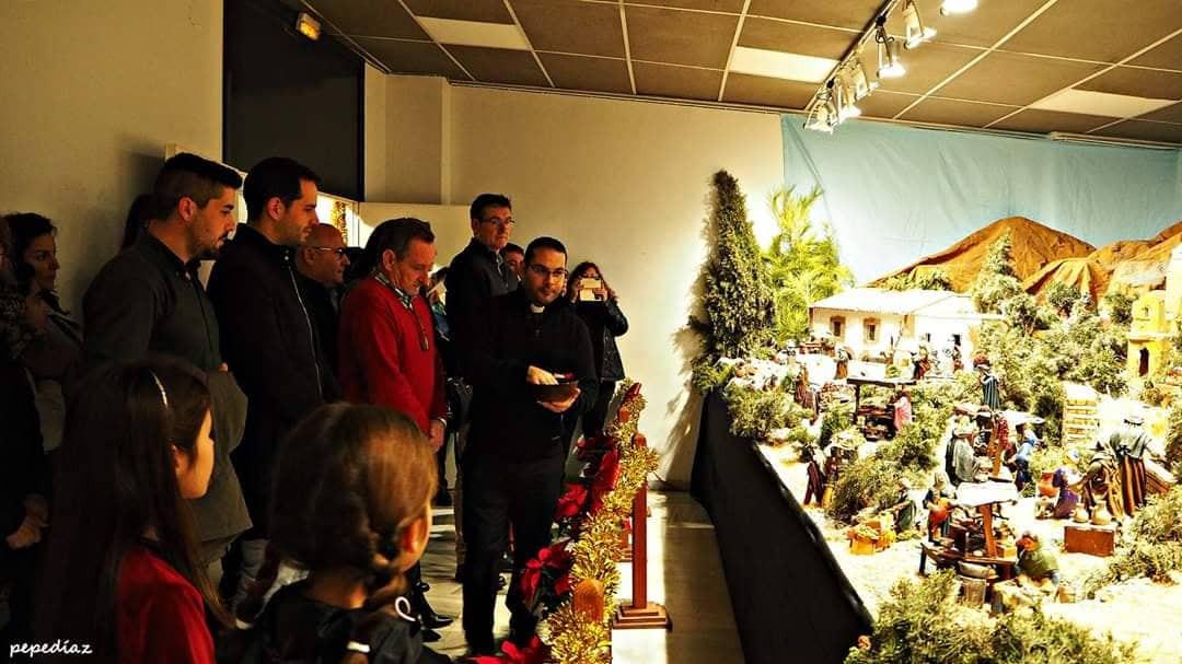 Photo of El Belén Municipal de Adra ha sido inaugurado y bendecido y está disponible durante la Navidad en el Centro Cultural