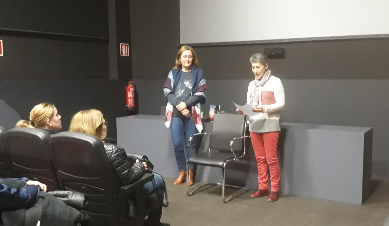 Photo of La autora María de los Ángeles Lonardi participa en el circuito del Centro Andaluz de las Letras en Adra