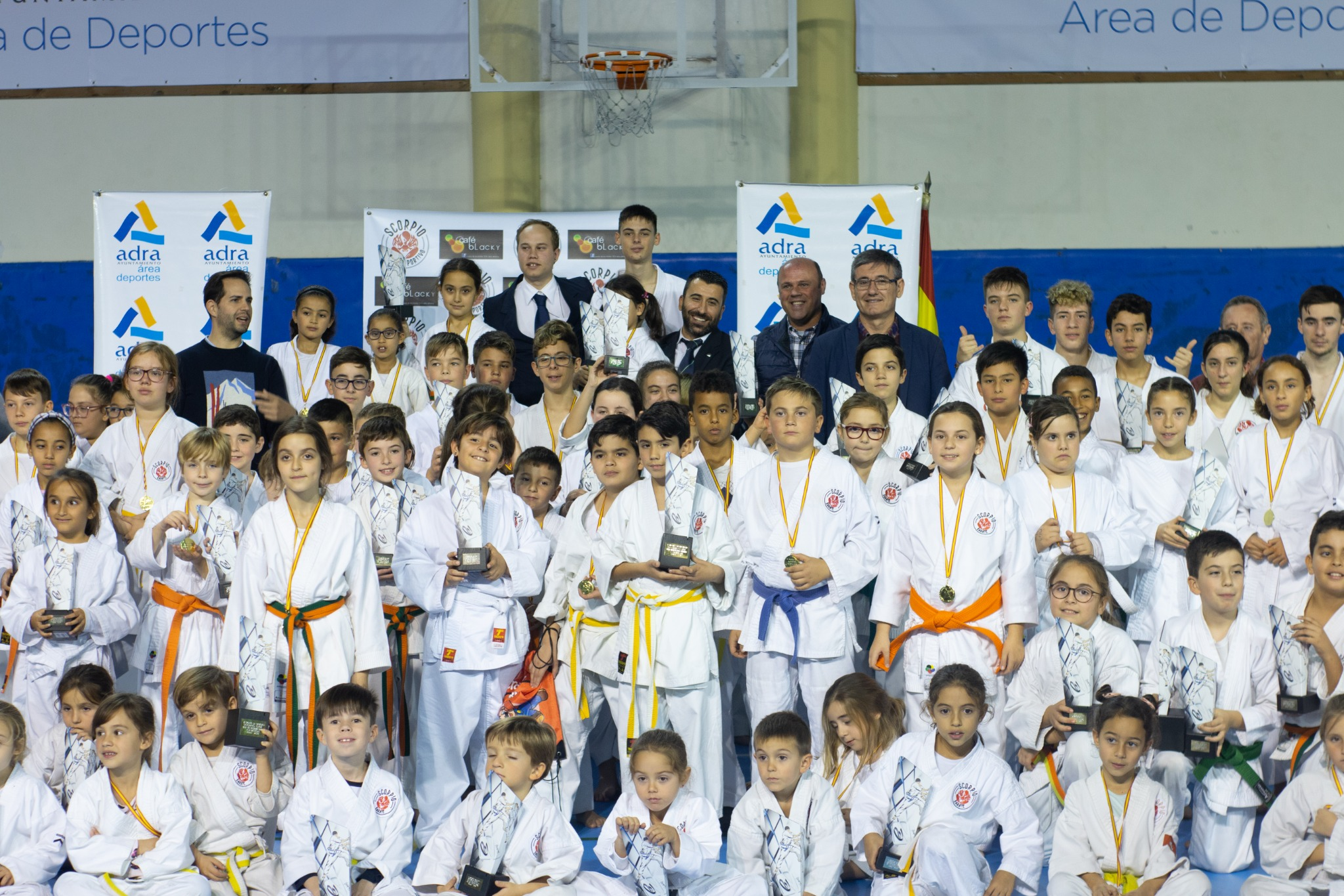 Photo of 170 deportistas celebran el 5º Trofeo de Navidad 'Scorpio Kárate Club'