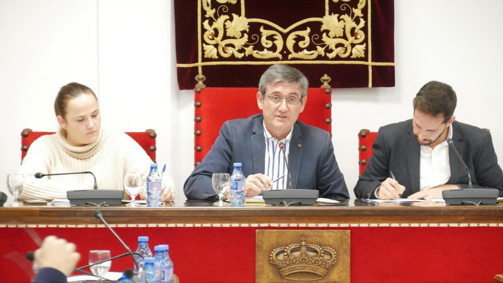 Photo of Adra solicita la pavimentación de 2,7 kilómetros de caminos rurales a través del Plan Itínere