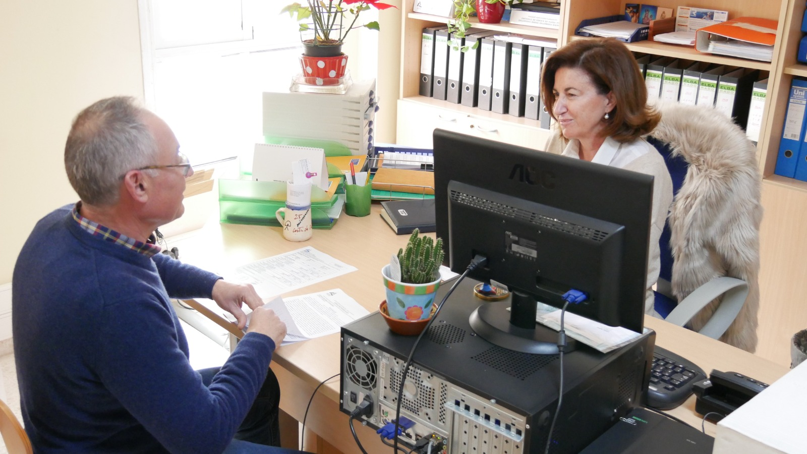 Photo of La Oficina del Consumidor de Adra atiende a más de 750 usuarios durante el año 2019