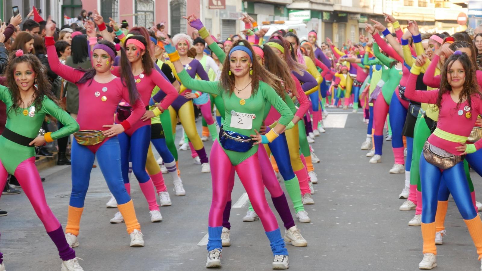 Photo of Adra vive con fervor el gran día de Carnaval con el tradicional Pasacalles y el concurso de disfraces