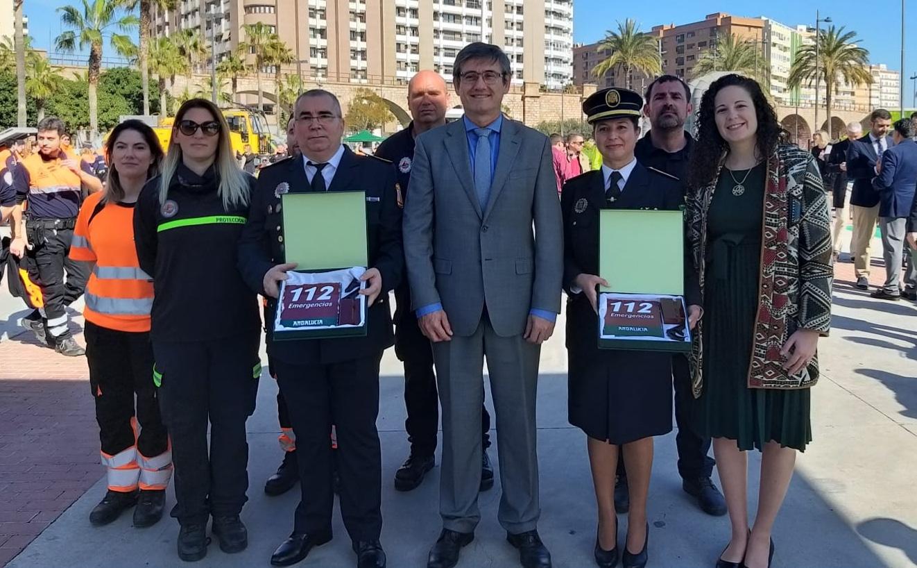 Photo of Reconocimiento a la labor de Protección Civil y la Policía Local de Adra en el Día Europeo del 112