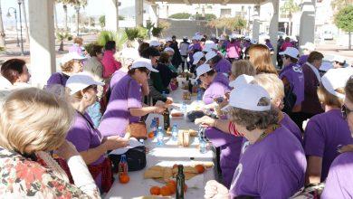 Photo of Decenas de abderitanas disfrutan del taller de gimnasia y desayuno saludable del Día Internacional de la Mujer