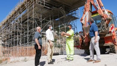 """Photo of El alcalde de Adra destaca la """"buena evolución"""" de las obras del puente de Puente del Río"""