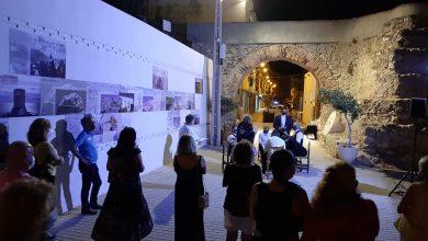 Photo of Las visitas guiadas teatralizadas arrancan en Adra con grupos reducidos y medidas de prevención