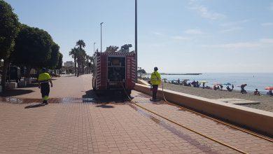 Photo of Bomberos del Poniente y Ayuntamiento refuerzan la desinfección viaria en las principales zonas de Adra