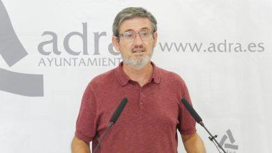 """Photo of Manuel Cortés muestra su """"reconocimiento"""" a las personas mayores de Adra por su """"responsabilidad"""""""