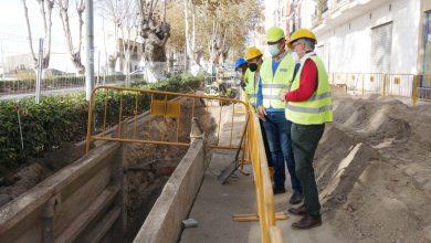 Photo of El Ayuntamiento renueva un tramo del colector de saneamiento en la Carretera de Almería