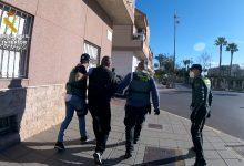 Photo of Detenido en Adra un hombre que transportaba una planeadora destinada al tráfico de hachís