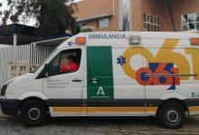 Photo of Tres heridos de diversa consideración tras caerse una estructura de hormigón en una obra en Adra