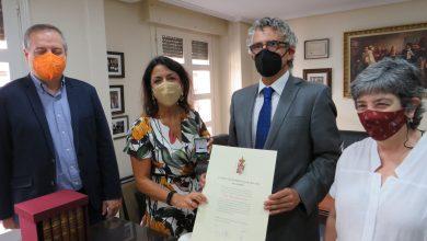 Photo of El Colegio de Abogados traslada sus peticiones a la presidenta del Parlamento de Andalucía
